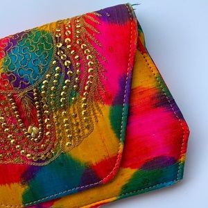 UNBRANDED | Embroidered multicoloured clutch